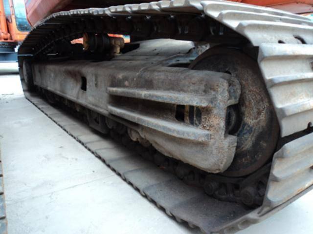 EX3600-6型挖掘机铲斗销轴座修复工艺
