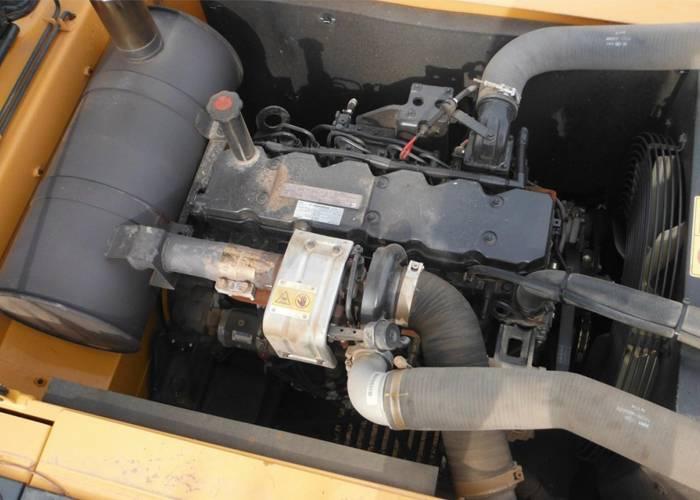挖掘机油温高故障分析日常保养注意