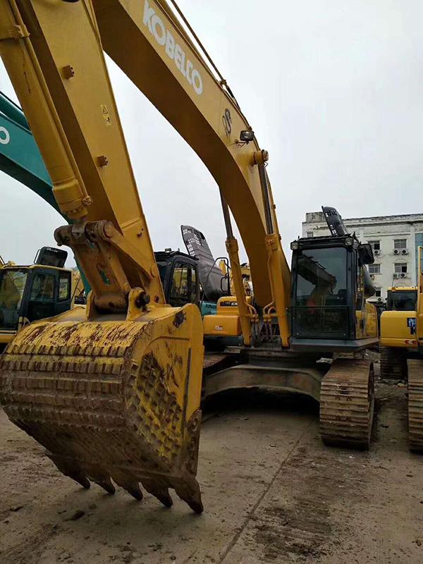 射洪挖掘机维修中心