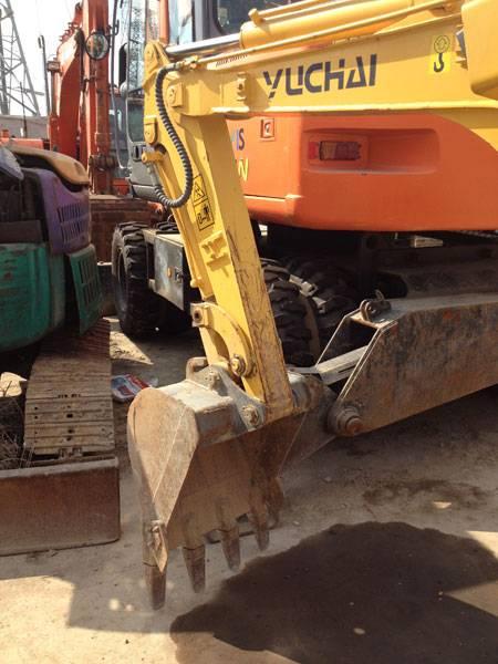 绥化挖掘机维修中心