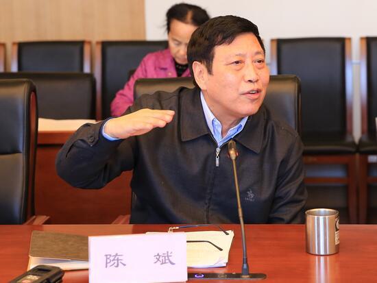 陈斌:1-10月挖掘机增长近七成 PPP