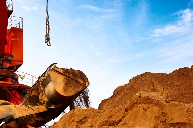 现代轮式挖掘机左右单独行走无力,大小臂或铲斗动作慢