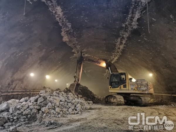 高效可靠 小松设备助力大型海底隧道施工项目