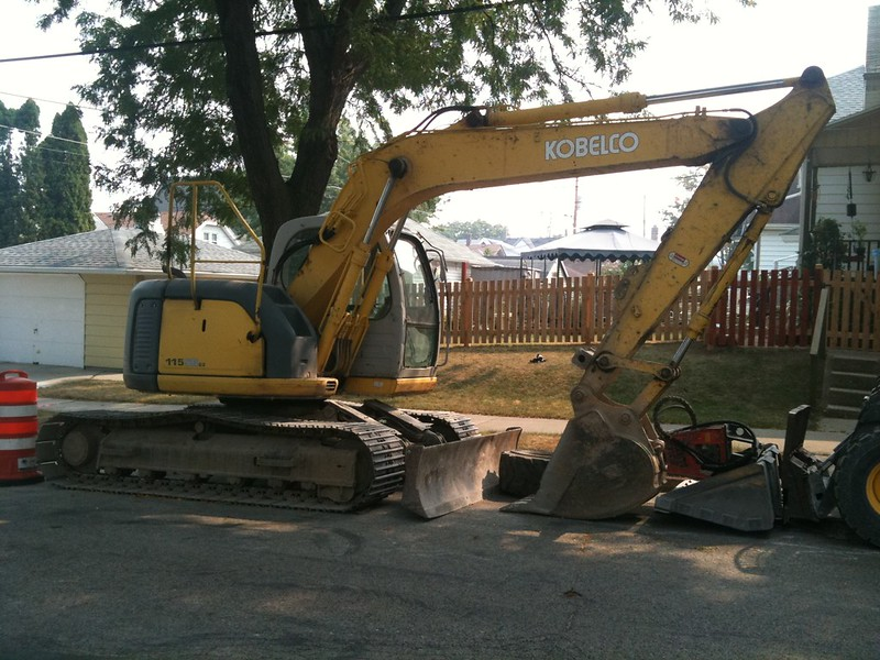 安康挖掘机维修中心