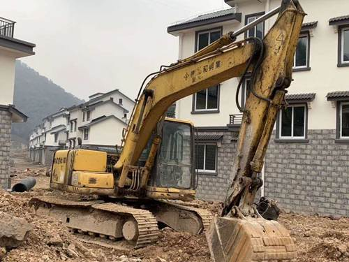 五家渠挖掘机维修中心
